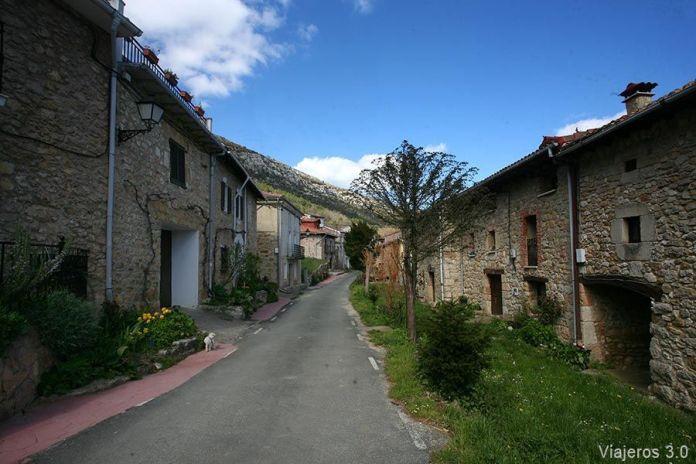 Pueblos en el Valle de Caderechas