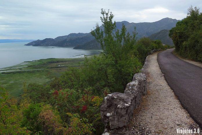 carretera panorámica del lago Skadar