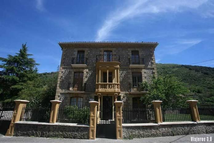 Casas de Indianos en Viniegra de Abajo 7 Villas