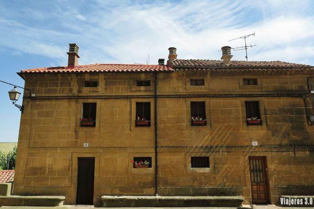 centro de Briñas, uno de los pueblos más bonitos de La Rioja alta
