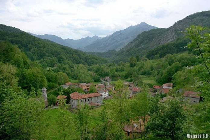 Arquitectura en el valle de Sajambre.