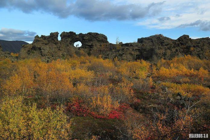 Dimmuborgir, ruta por Islandia en 2 semanas