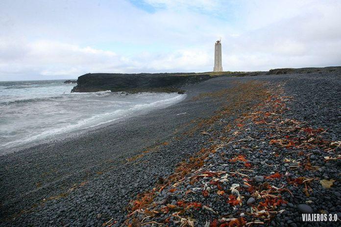 Faro de Malariff, ruta por Islandia en 2 semanas