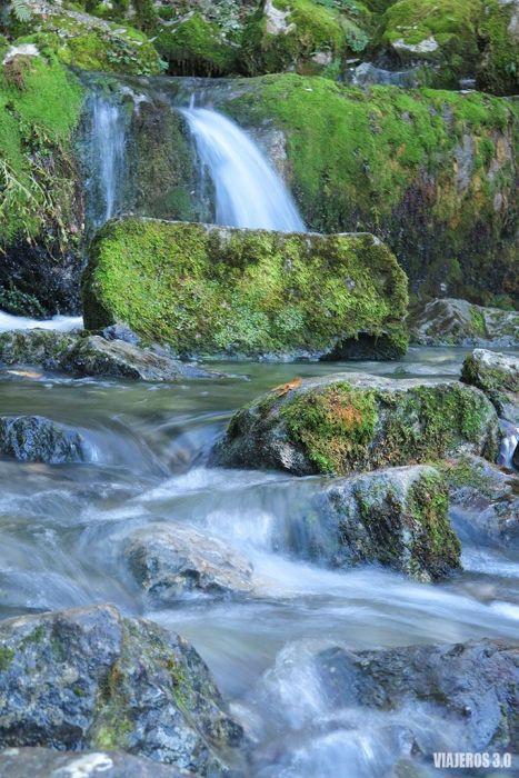nacimiento del río Cadagua en en el Valle de Mena (Burgos)
