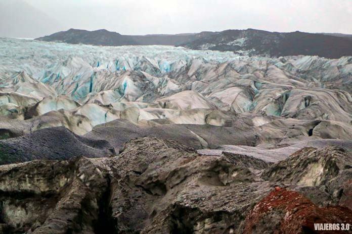 Trekking sobre glaciar en Islandia, glaciar Skaftafell