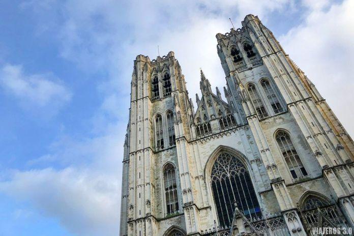 Catedral de Bruselas. Ruta por Bélgica: Brujas, Gante y Bruselas en 4 días.