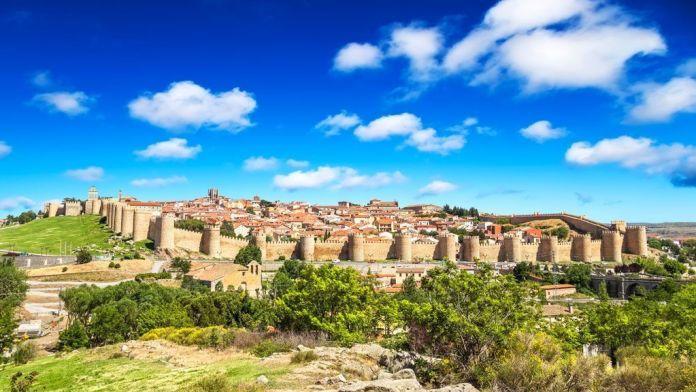 Murallas de Ávila, los mejores monumentos de España.