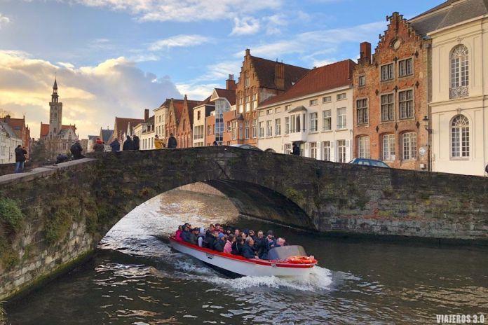 Canales de Brujas. Ruta por Bélgica: Brujas, Gante y Bruselas en 4 días
