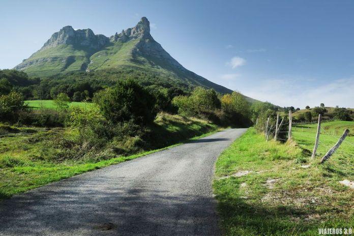 Ruta de ascensión al Pico Tologorri en Bizkaia