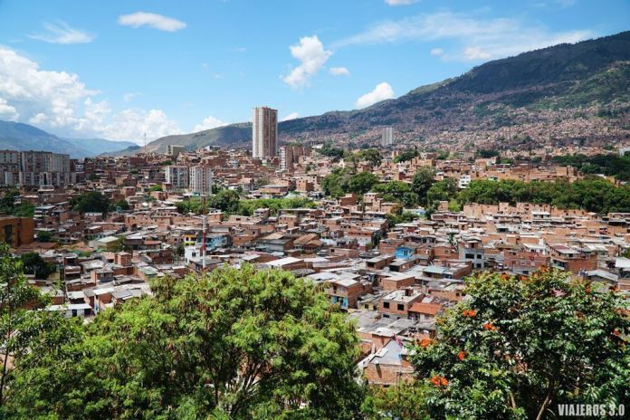 Barrio de Moravia en Medellín ¿Es seguro viajar a Colombia?