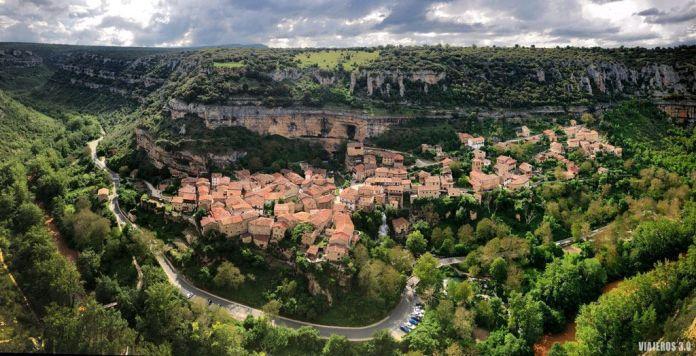 Vista Panorámica de Orbaneja del Castillo