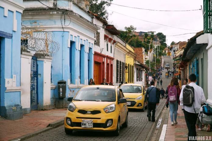 taxis en La Candelaria, que hacer y que ver en Bogotá