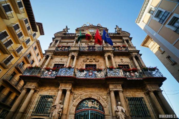 Que hacer y que ver en Pamplona, el Ayuntamiento.