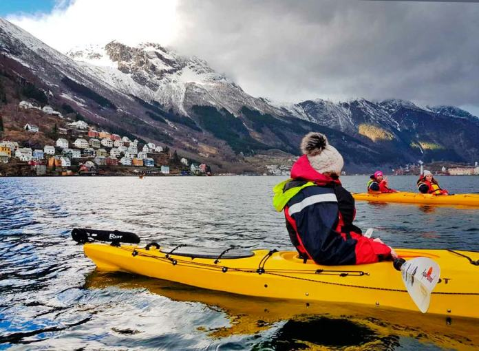 Kayak en Odda, qué hacer en los Fiordos Noruegos en invierno