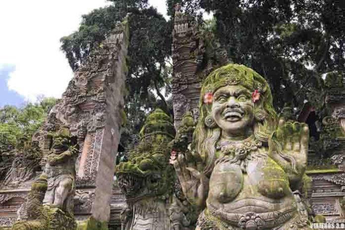 Pura Dalem Ubud, que hacer y que ver en Bali.