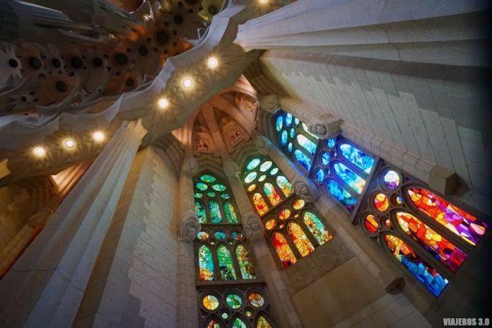 Vidrieras, Sagrada Familia por dentro