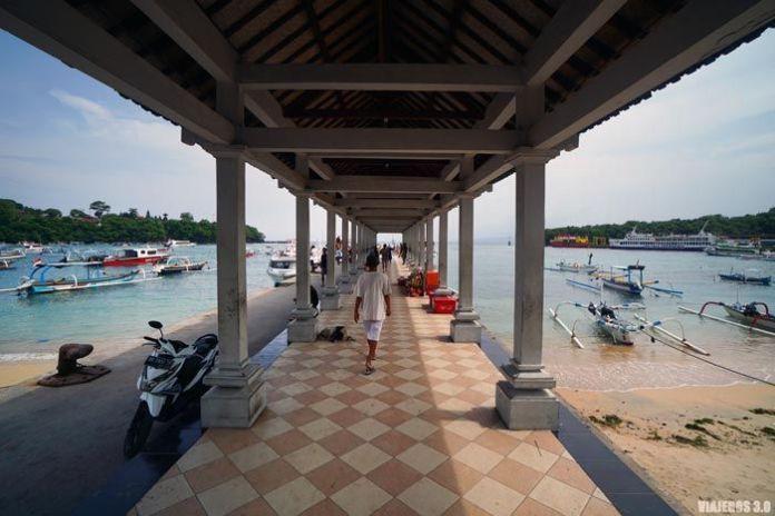 Puerto de Padang Bai en Bali