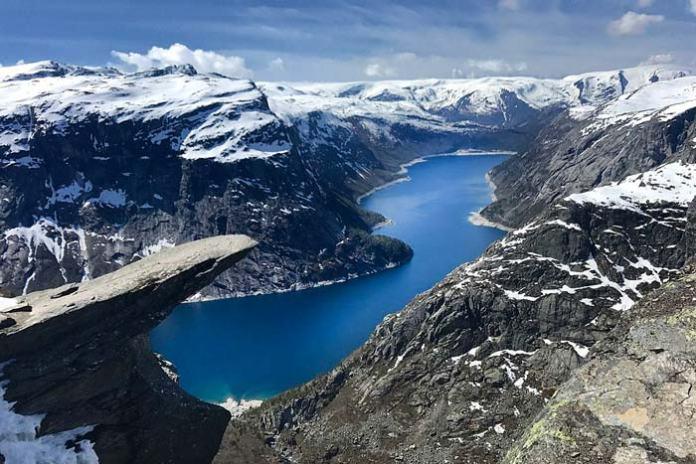 subir al Trolltunga, excursiones en los Fiordos Noruegos en invierno