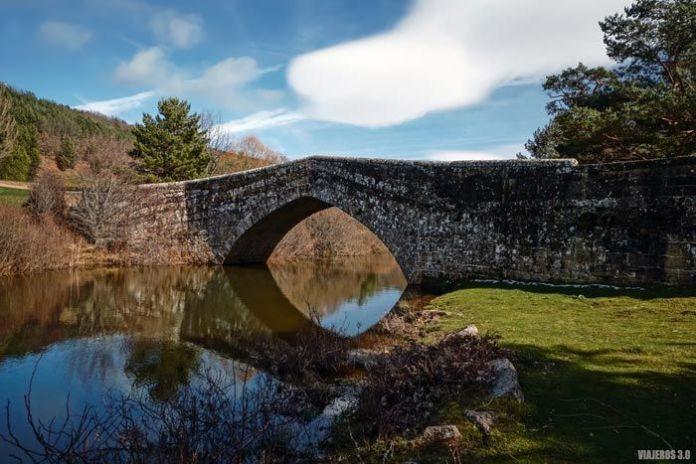 Puente de Soria en Covaleda.