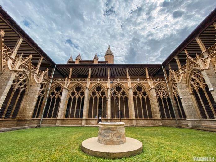 Escapada a Pamplona, claustro gótico