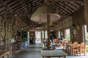 eco resort Chiang Mai bar y restaurant