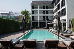 Buristro Chiang Mai coworking y piscina