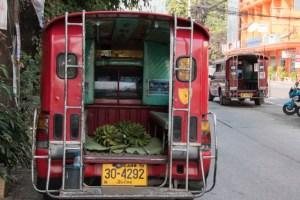 songthaew Tailandia - camionetas rojas