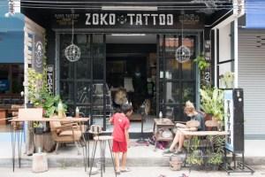 zoko tattoo Koh Tao - entrada tienda