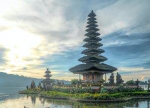 templo bali indonesia