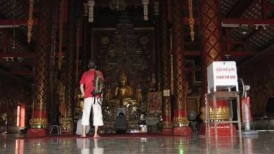 Photo of Día 9: Tailandia (Chiang Mai: Wats Chiang Man, Phra Singh, Chedi Luang, etc. Fábrica de maderas, masaje tailandés, Bazar Nocturno, Mercado Anusan, etc).