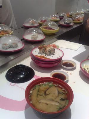 Dónde comer y gastronomía en Madrid (España) - Restaurante japonés Pink Sushiman.