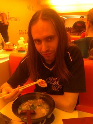 Dónde comer y gastronomía en Madrid (España) - Restaurante japonés Oishii.