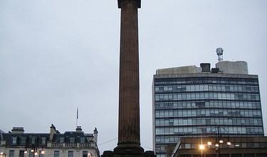 Día 3: Reino Unido (Escocia: Glasgow con Ayuntamiento, Catedral, Necrópolis, etc. Stirling con Jardín Real, Castillo, Cementerio, etc. Edimburgo con Mary King's Close, etc). ViajerosAlBlog.com