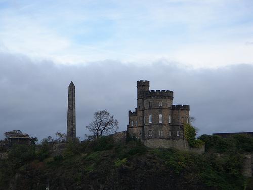 Día 5: Reino Unido (Escocia: Edimburgo con la Ciudad Vieja y Royal Mile, Canongate, Parlamento, Holyrood Palace & Abbey, etc ). ViajerosAlBlog.com