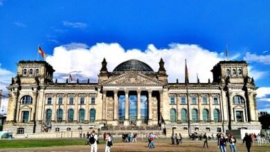 Photo of Día 5: Alemania (Berlín: Torre TV, Catedral, Isla Museos, Reichstag, Puerta Brandeburgo, Monumento Judíos, Potsdamer Platz, Checkpoint Charlie, Gendermenmarkt, East Side Gallery, San Nicolás, etc).