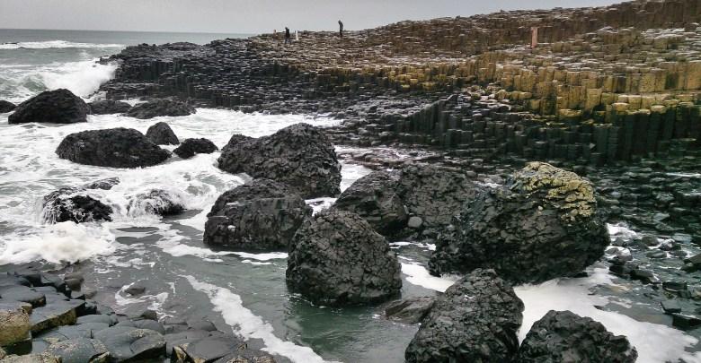 Calzada de los Gigantes (Irlanda del Norte). Leyenda e imaginación de la naturaleza primigenia.