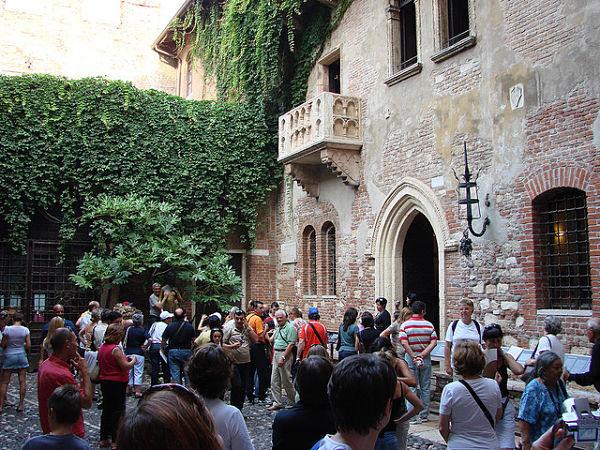 Casa Italiana Verona