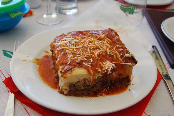 Moussaka plato tpico de la cocina griega con