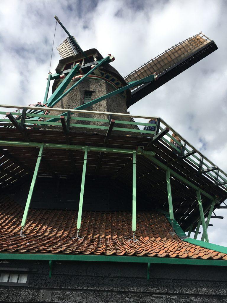 Qué ver en Zaanse Schans: molino con mirador.