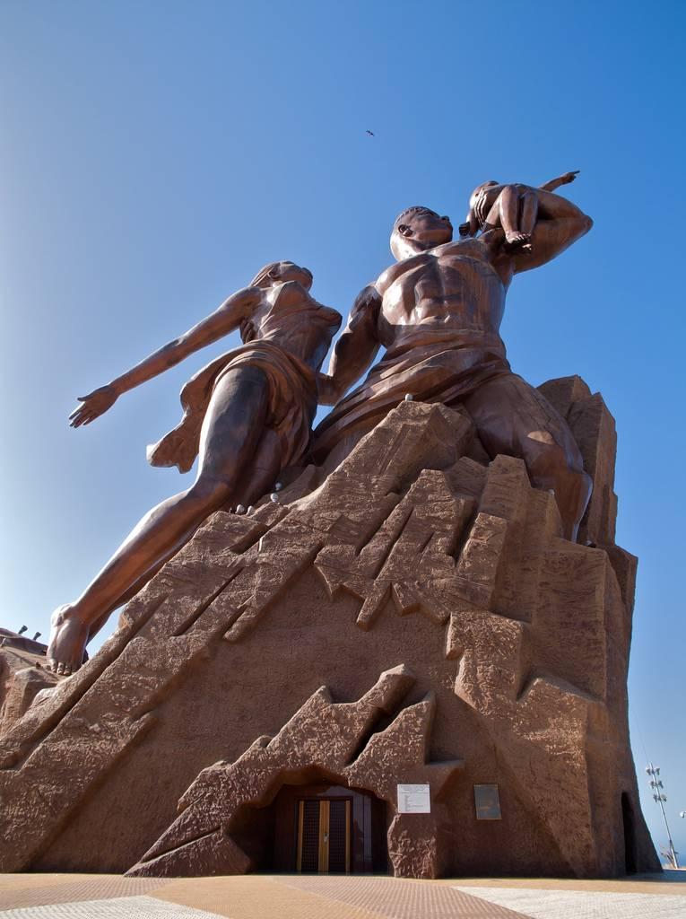 Monumento al Renacimiento Africano - Dakar, Senegal, África - 05