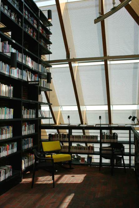 Book Mountain en Spijkenisse