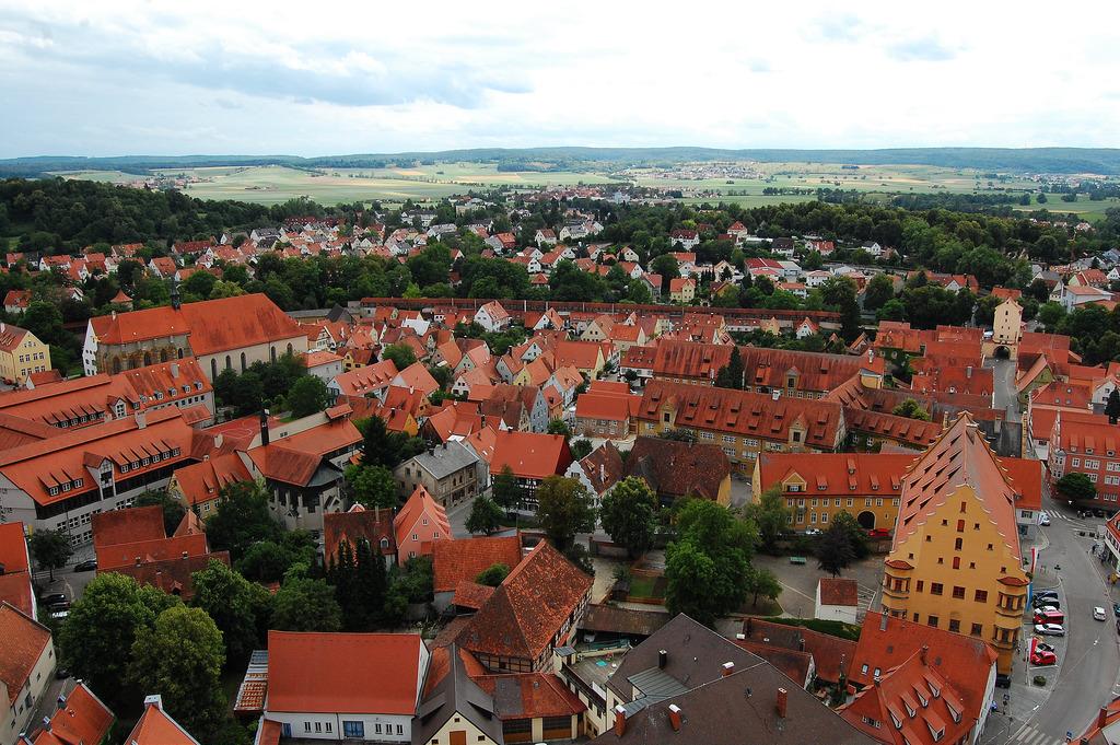 Nordlingen - La ciudad dentro de un cráter de meteorito