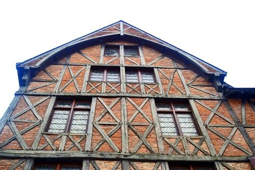 Fachada casa medieval Juana de Arco Orleans Francia