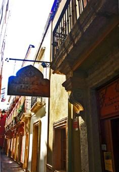 Letrero calle baños árabes centro histórico Almería