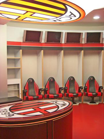 Interior vestuario estadio San Siro Giusseppe Meazza AC Milan