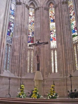 Alta mayor cristo crucificado vidrieras Monasterio de Batalha