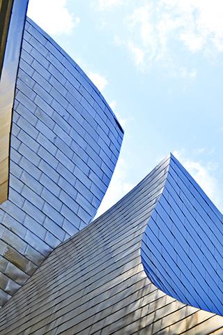 Cubiertas metal acero exteriores reflejos Museo Guggenheim Bilbao