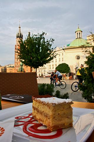 Tarta Sacher café restaurante centro plaza mercado Cracovia