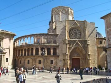 Fachada principal Catedral Valencia Plaza de la Virgen
