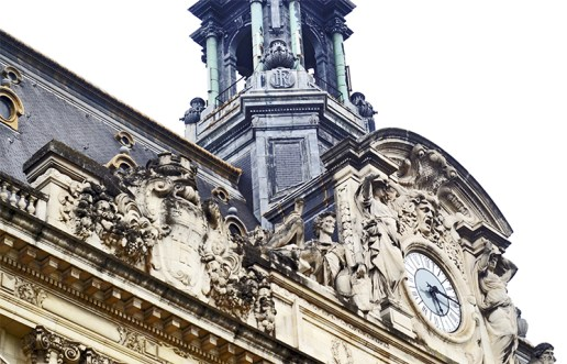 Decoración fachada reloj Hotel de Ville Place Jean Jaures Tours